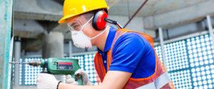 Cuida la salud de tus oídos con protección auditiva en el trabajo